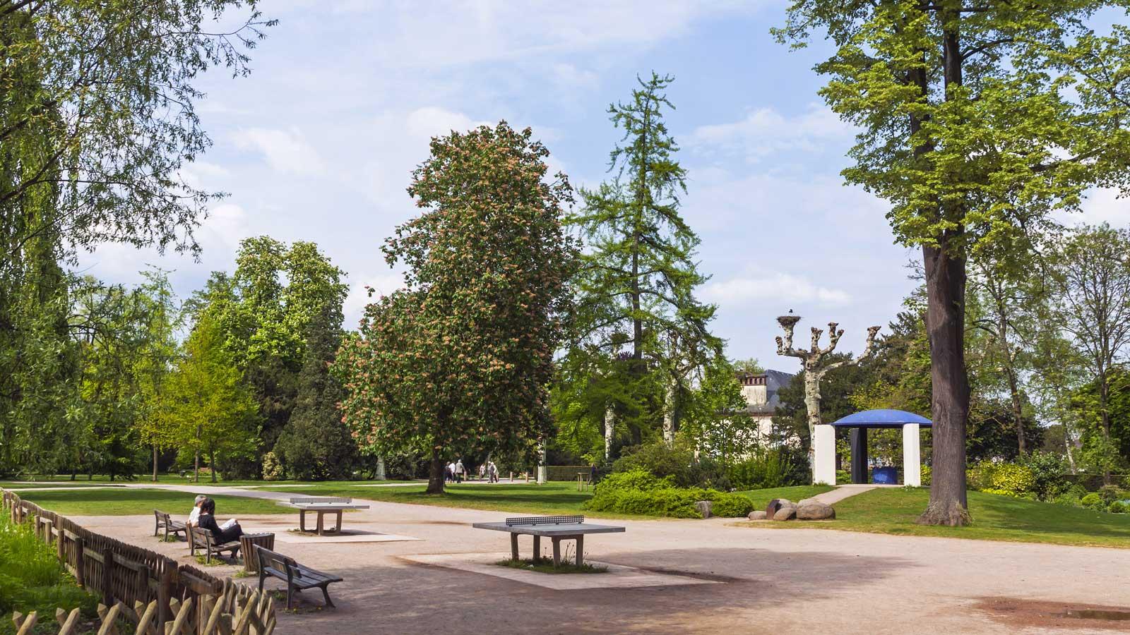 Parcs et jardins pouguet paysagiste magny en vexin 95 for Jardin et parc 78